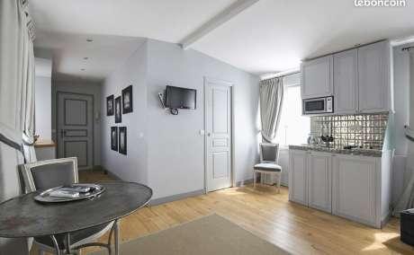 Loue Appartement T1 Meublé, Réfait à neuf prox métro MASSENA ligne A